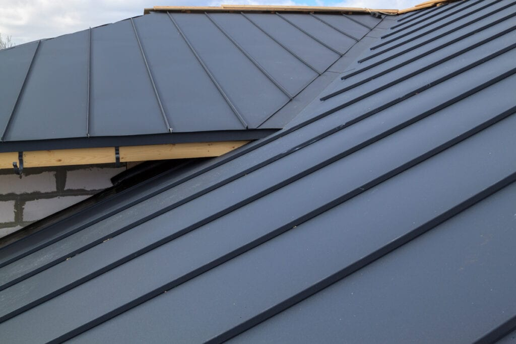 Metal Roofing: 6 Pros And Cons